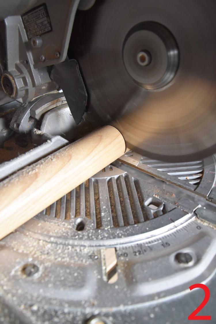 Zuschnitt-Holzhandlauf-Montage-Edelstahl-Endkappen